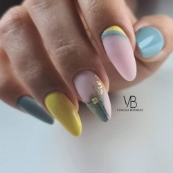 Opleiding - Almondshape - Vanessa